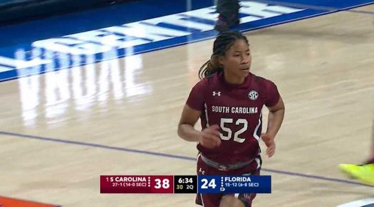No. 1 South Carolina routs Florida 100-67 for 22nd straight win