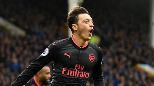 Wenger not bothered by Ozil transfer speculation
