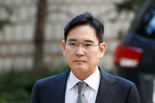 Samsung heir Jay Y. Lee ordered back to prison for 2 and a half years over bribery charges