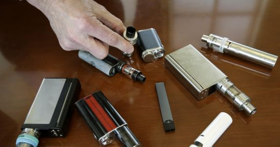 Reported illnesses among vapers reaches 150 possible cases