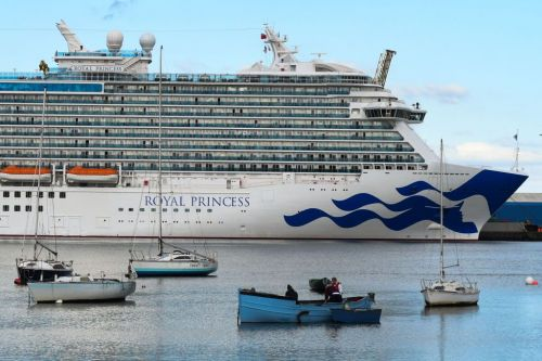 FBI investigates death of American woman on cruise ship headed to Aruba