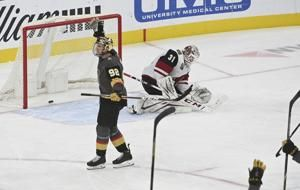 Fleury, Golden Knights blank Coyotes 1-0