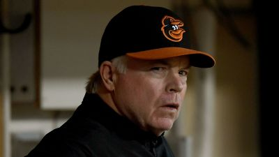 Orioles pitching gives up 15 more runs, ties century-old record for ineptitude
