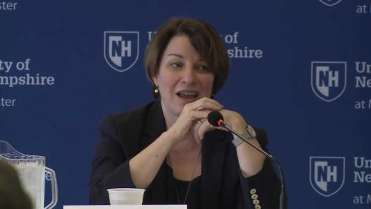 Raw video: Amy Klobuchar joins Manchester mayor for commuter rail discussion