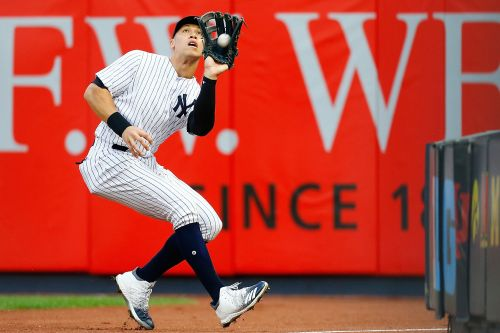 Yankees looking to buy back YES from 21st Century Fox