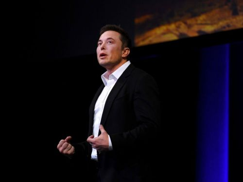 Elon Musk says Tesla will fix Model 3 braking issues after Consumer Reports slams the car for 'big flaws'
