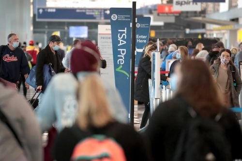 Man allegedly hid inside Chicago airport for 3 months due to fear of coronavirus