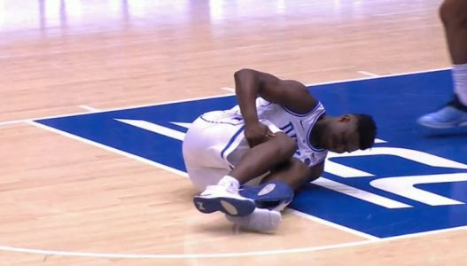 Zion Williamson's shoe exploded and he appeared to injure his knee in first minute against North Carolina