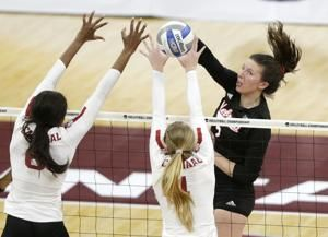 Stanford wins record 8th title, in 5 sets vs. Nebraska