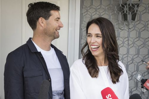 New Zealand prime minister announces pregnancy