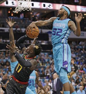 Howard's big game powers Hornets past Hawks 109-91