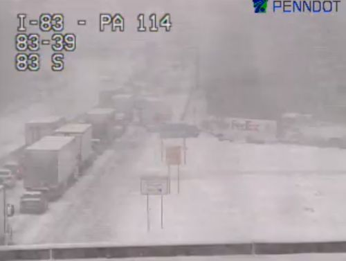 Stretch of I-83 in York County shut down in both directions
