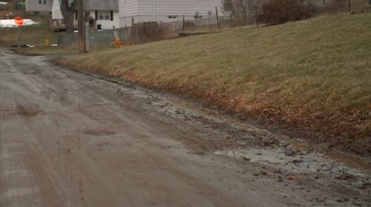 City Council signs off on policy for unimproved roads around Omaha