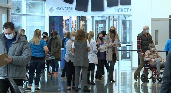 Pinnacle Bank Arena clinic vaccinates 2,000 Nebraskans