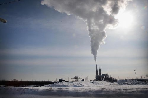 Trump administration rolls out coal-friendly climate rule