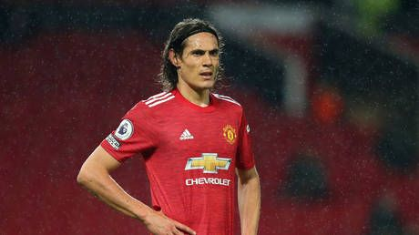 'Pandering to the PC brigade': Manchester Utd star Edinson Cavani forced to apologize for 'negrito' social media post