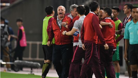 Guangzhou Evergrande claim seventh straight Chinese Super League crown
