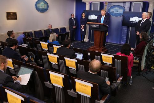 White House to require coronavirus tests for journalists covering daily briefing