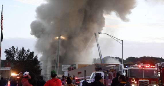 Buildings collapse in fire, more than 100 homeless