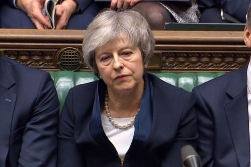 Theresa May to face no-confidence vote after Brexit defeat