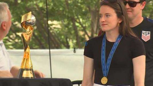Rose Lavelle embraces her hometown fans: 'I think there's so much pride and love here'