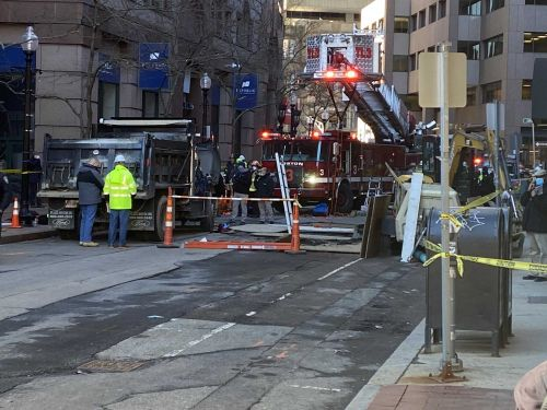 Officials confirm 2 workers dead after Financial District accident