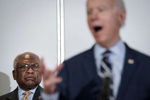 'I want to see a surge': Clyburn says Biden needs big win in South Carolina