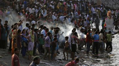 India set to overtake China as world population hits 9.8bn by 2050 - UN