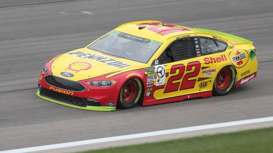 NASCAR starting lineup at Kansas: Joey Logano wins first pole of season
