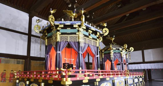 Elaborate throne for Japan's next emperor arrives in Tokyo