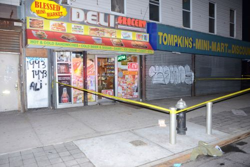 Two stabbed inside Brooklyn grocery store: cops
