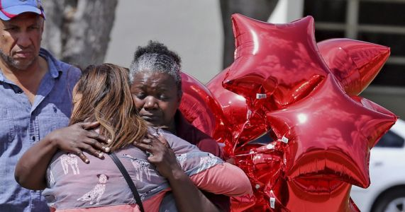Students: More gun control needed after school shooting