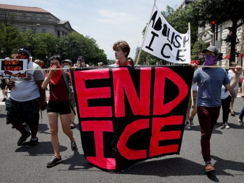 ICE officials met with Amazon this summer to discuss using its controversial facial recognitionsurveillance technology