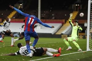Goal, assist for Zaha sees Crystal Palace beat Fulham 2-1