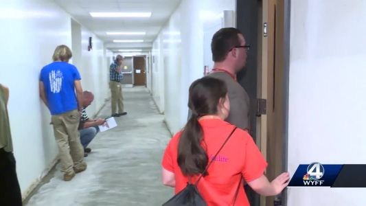 CCU students evacuate, spend time with Clemson Life students
