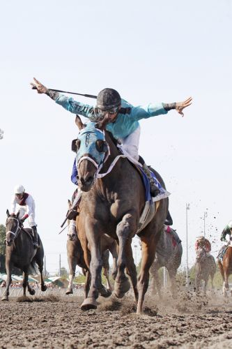 Barkley and Mach One Rules continue their great rivalry in Northwest's biggest horse race