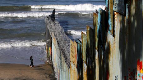 America's paying for it: Mexican thieves rob US border fence wire and use it to secure homes