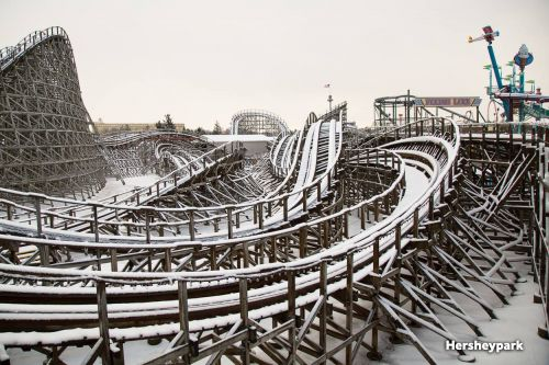 Beautiful images show snow-covered roller coasters at Hersheypark