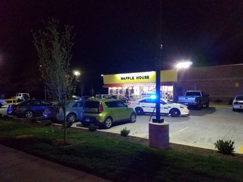 At least 4 dead, others wounded in shooting at Waffle House, Nashville police say