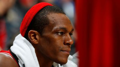 NBA Playoffs 2017: Thumb injury adds intrigue to Bulls' Rajon Rondo decision