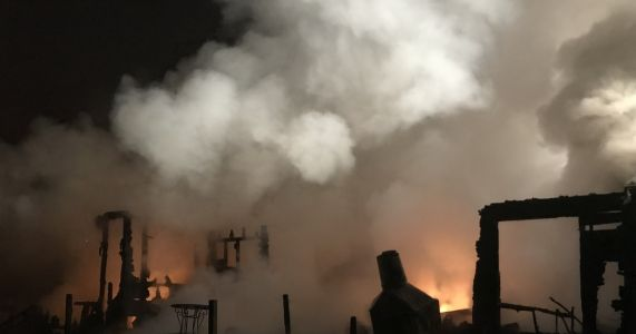 Maple Valley home destroyed in early-morning fire