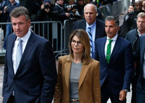 College admissions scandal: Lori Loughlin, husband attempt to enter plea of not guilty