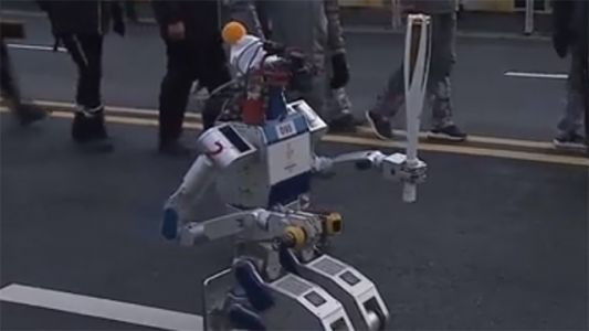 Robot carries Olympic torch