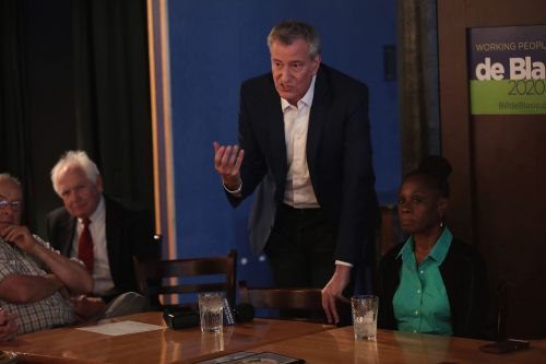 Iowa voters confused by de Blasio's crusade against 'toxic whiteness'