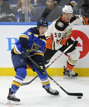 Street, Cogliano score in 3rd period, Ducks beat Blues 3-2