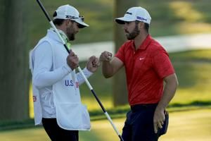 California cool, Matthew Wolff takes detour to US Open lead