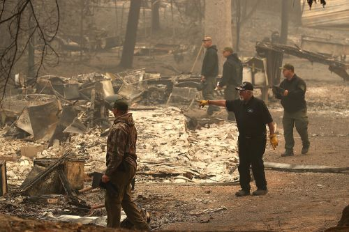 More than 1,000 missing as California wildfire rages on