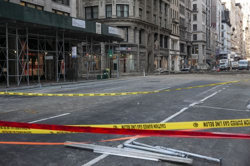 Flatiron District area remains barricaded after steam-pipe explosion