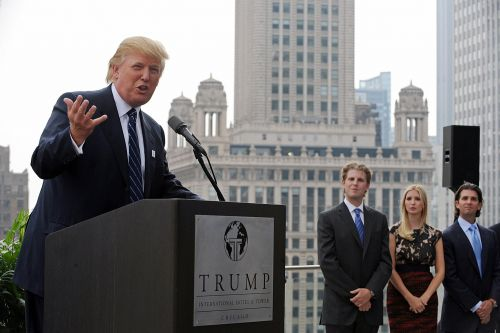 Trump defends his deal-making ability in wake of Chicago skyscraper reporting