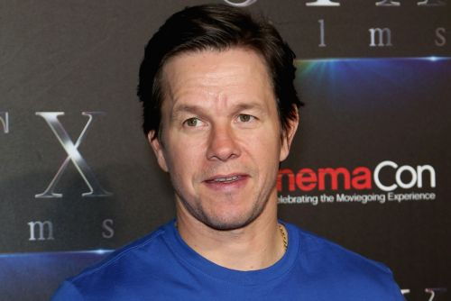 Mark Wahlberg places 'hefty' bet on Patriots to win Super Bowl